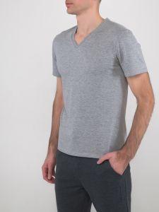 Серая мужская футболка